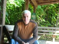Man 65y.o. from United States, Bloomington